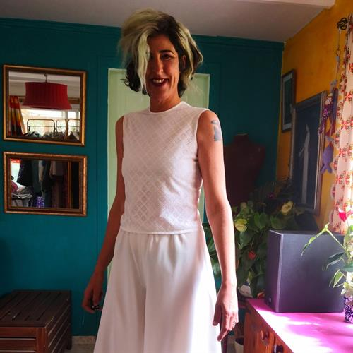חולצת תחרה לבנה יפהפיה מידה S/M
