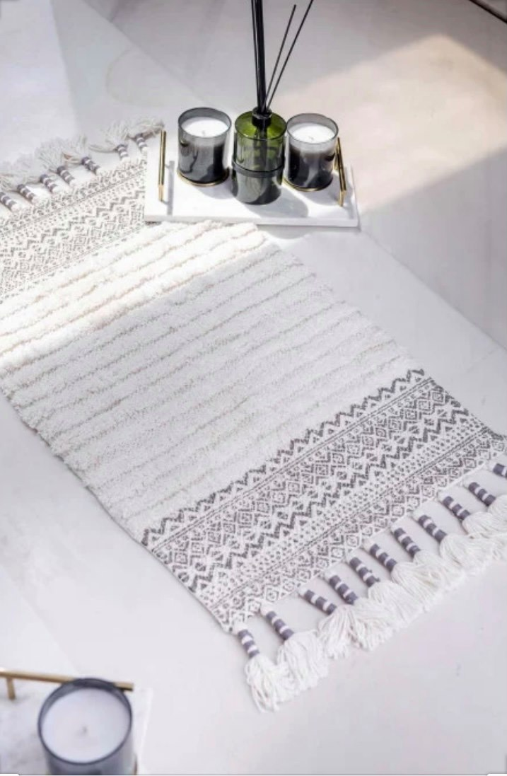 שטיחון אמבט דגם טאץ מבית ורדינון