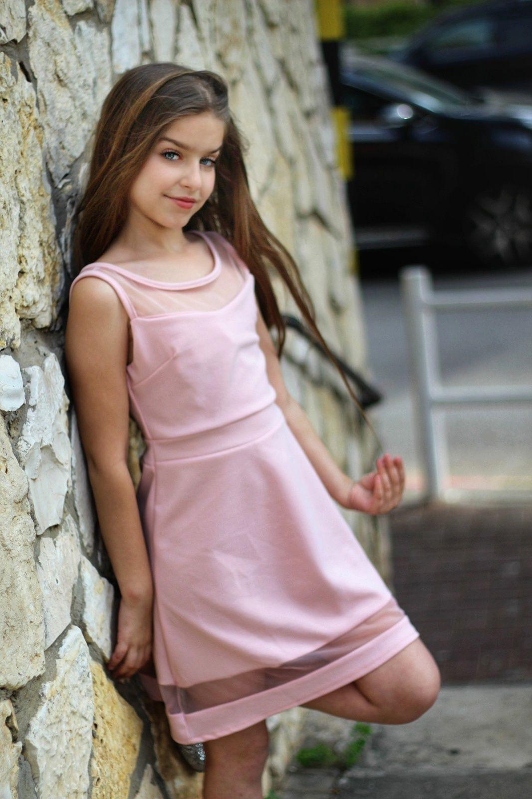 שמלת שיפון צמודה