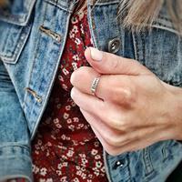 טבעת מייגן - שם אחד - גולדפילד/כסף 925