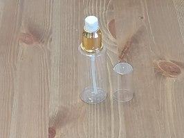 """בקבוק 60 מ""""ל , קולר בגוון זהב, מנגנון משאבה ומכסה שקוף"""