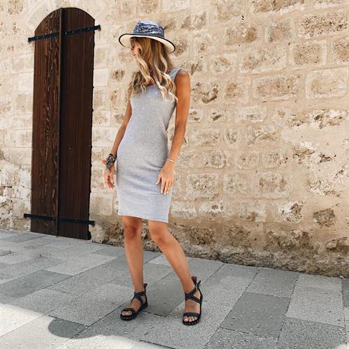 שמלת גופיה אפורה