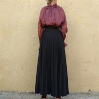 חצאית פליסה מקסי שחורה
