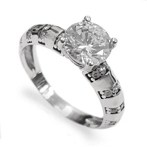 טבעת כסף משובצת זרקון סוליטר  ואבני זרקון בצדדים RG5563 | תכשיטי כסף | טבעות כסף