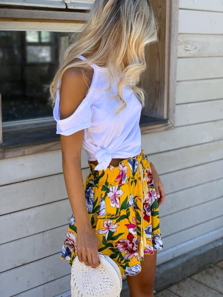 חצאית פרחים