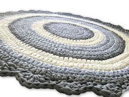 שטיחים סרוגים, שטיח סרוג בטריקו ,שטיח עגול, עיצוב חדרי ילדים, עיצוב פנים , חדרי ילדים, עיצובים בבד,