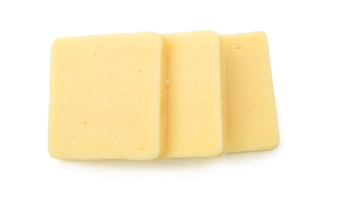 קצוות גבינה צהובה 650 גרם ליח'