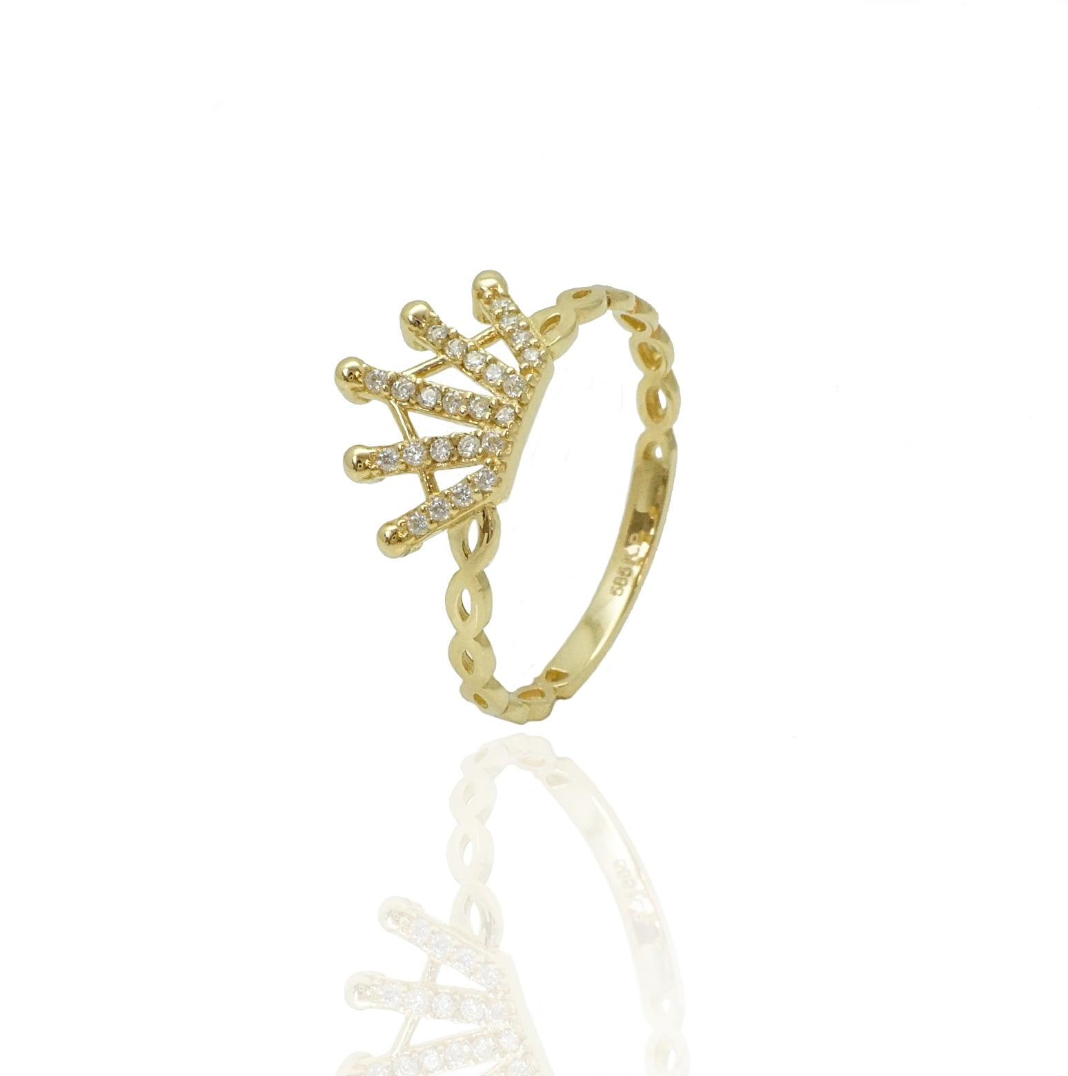 טבעת כתר זהב ויהלומים לאשה