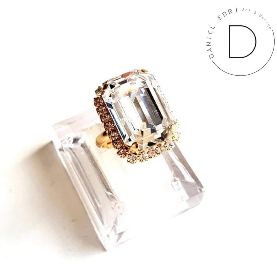 טבעת מלבן סברובסקי- זהב קריסטל