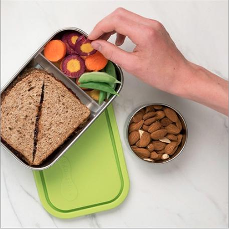 קופסת אוכל בינונית (מלבנית) מחולקת לשניים