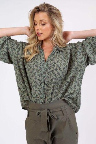 חולצת טיאה ירוק פרחוני