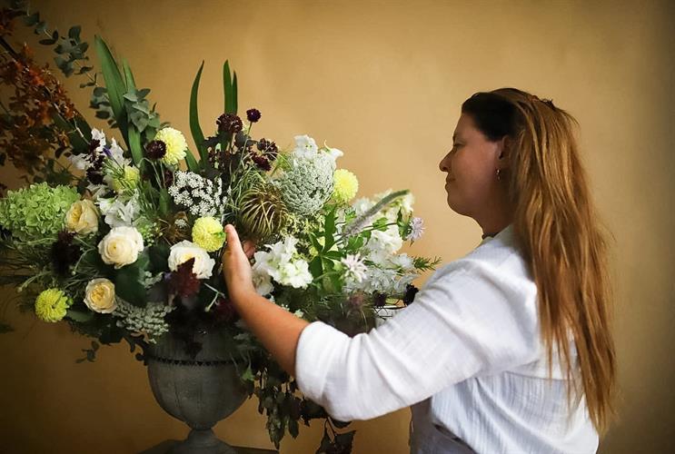 סדנאת שזירת פרחים