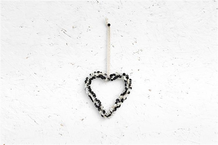 לב כפתורים - שחור לבן