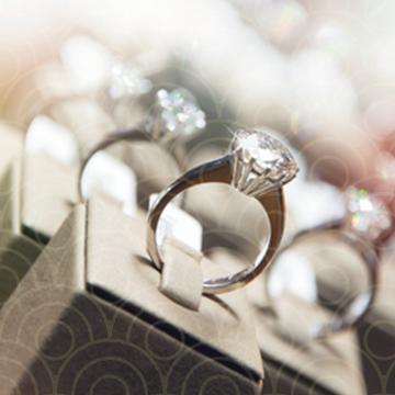 חיסכון עצום על טבעות יהלומים