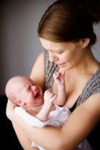 האם תינוקך סובל מגזים, או שמא מקוליק (קדדת)?